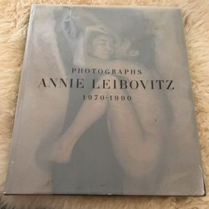 Other - RARE FIRST EDITION Annie Leibovitz Large Book